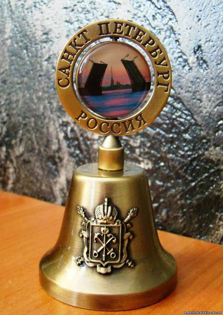Что привезти из Санкт-Петербурга в подарок, какой сувенир